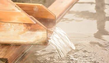低温度の蒸気・熱水で発電可能